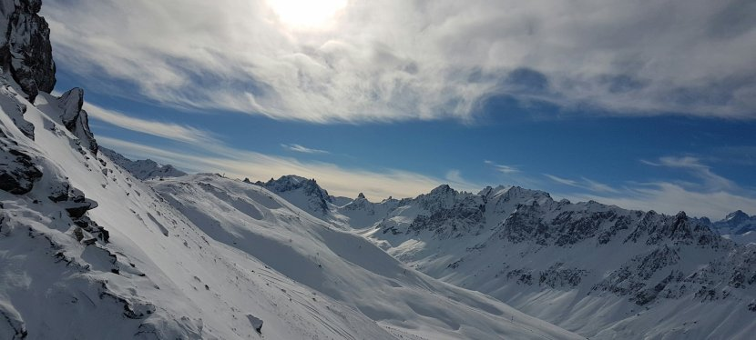 Skiing in the FrenchAlps